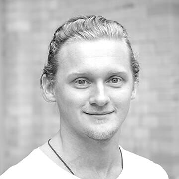 Hier würden Sie ein Foto unseres Homeday-Mitarbeiters für Maklerkooperationen, Christoph Schaarschmidt sehen.