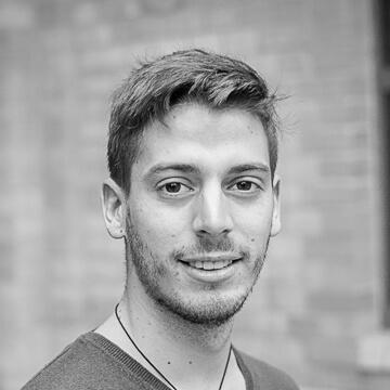 Hier würden Sie ein Foto des HOMEDAY Front-End Developer Alexandre Combemorel sehen.