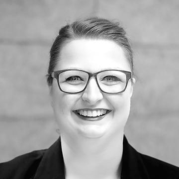 Hier würden Sie ein Foto der Leiterin der HOMEDAY Kundenberatung Annika Fietz sehen.