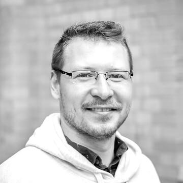 Hier würden Sie ein Foto des Homeday Datentechnikers Artiom Kovnatsky sehen.